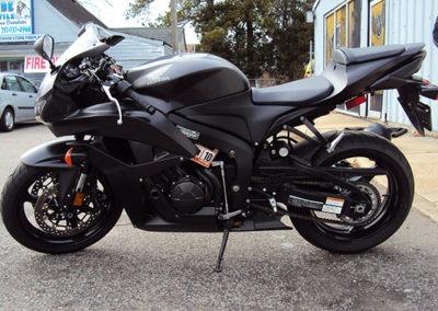 AGWraps-Wraps-Specialty-Films-_0000s_0022_Motorcycle Matte Black Wrap